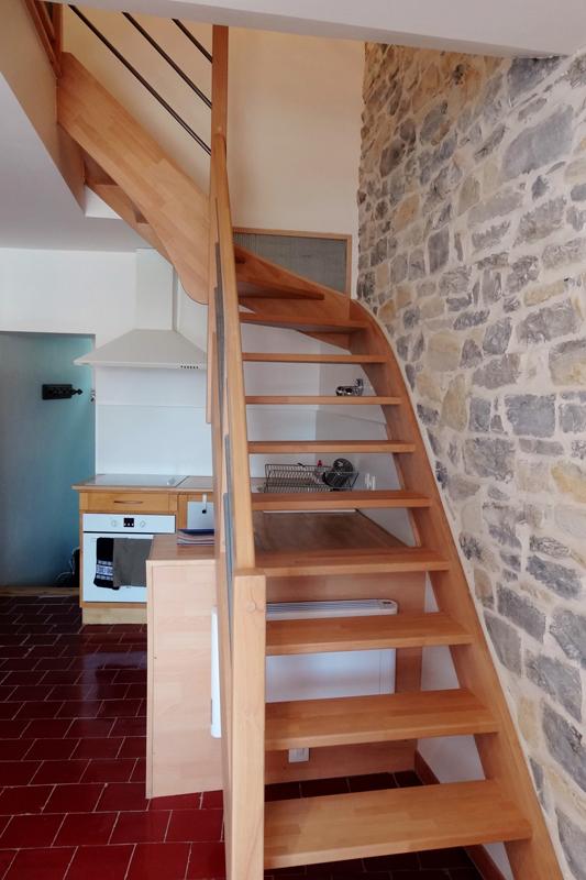 Escalier quart tournant gauche en hêtre