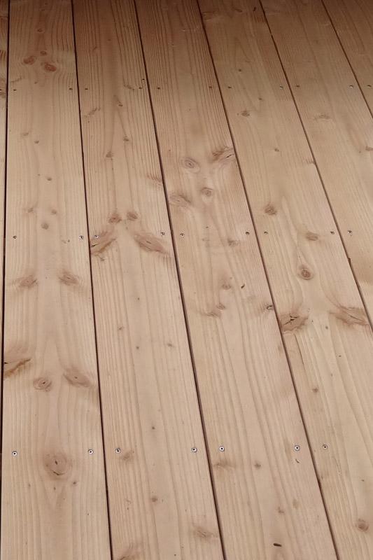 Lame de terrasse en douglas naturel lisse